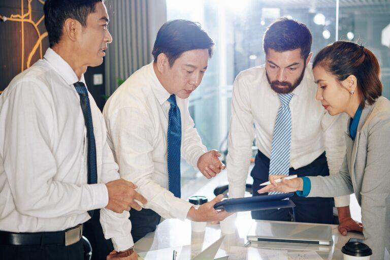 Team creating crisis management plan